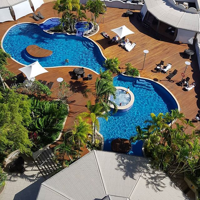 Pool Area, Pullman Cairns International